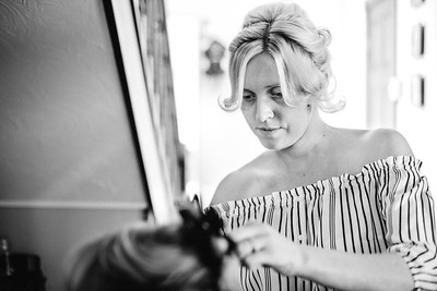 6-iNNOVATIONphotography-wedding-photographer-Swansea-Beckie-Adrian_D859402