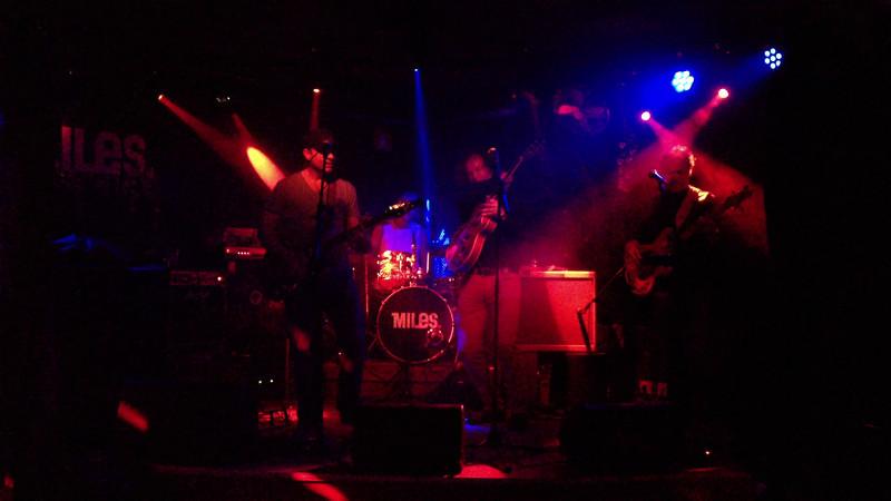 The Bonemachine, 21.12.2013 in Cafe Miles   Kevin Burns (vocals, guitar, bluesharp), Hans Esser (bass guitar), Ruud Mangelsdorf (drums), Niels Hoppe (guitar)