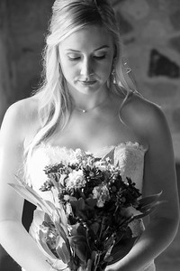 Lindsay O Bridals LRTC-1001