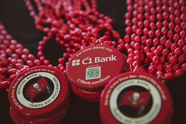 2015-1115-c1bank-bucs-vs-cowboys-2