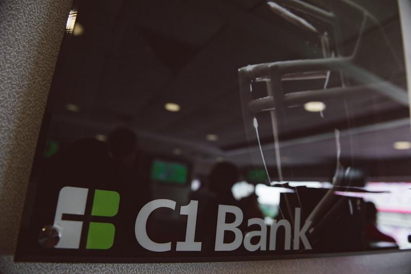 2015-1115-c1bank-bucs-vs-cowboys-5