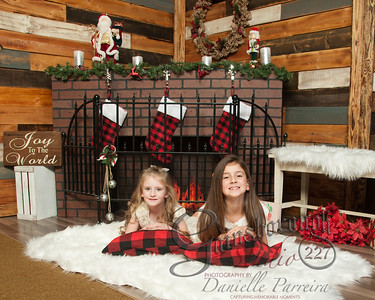 Claire+Emmy_ChristmasMini_134