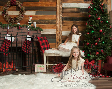 Claire+Emmy_ChristmasMini_130