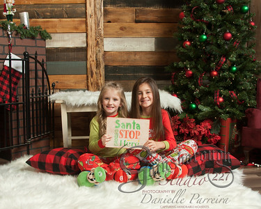 Claire+Emmy_ChristmasMini_143