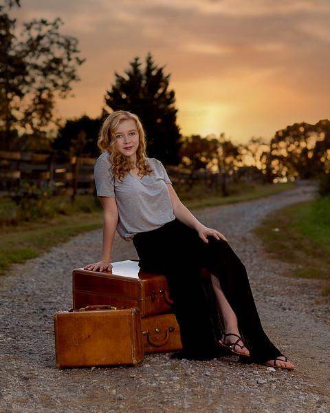 IMAGE: http://www.utrphoto.com/Clients/Megan/i-6KFW2hp/3/L/8Y1B4634-L.jpg