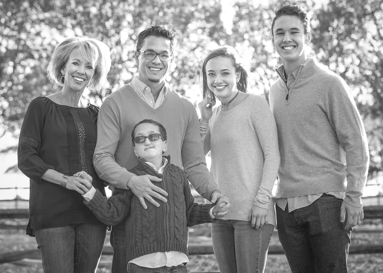 Holt_Family_2017-9