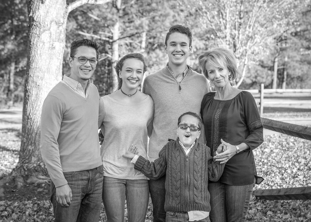 Holt_Family_2017-3