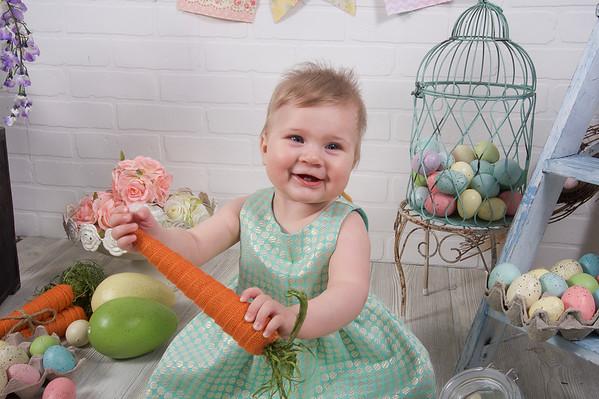 Crina Easter