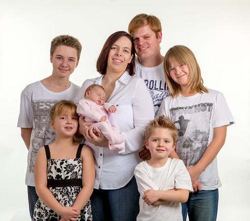 Luke Tara Dean Family portraits