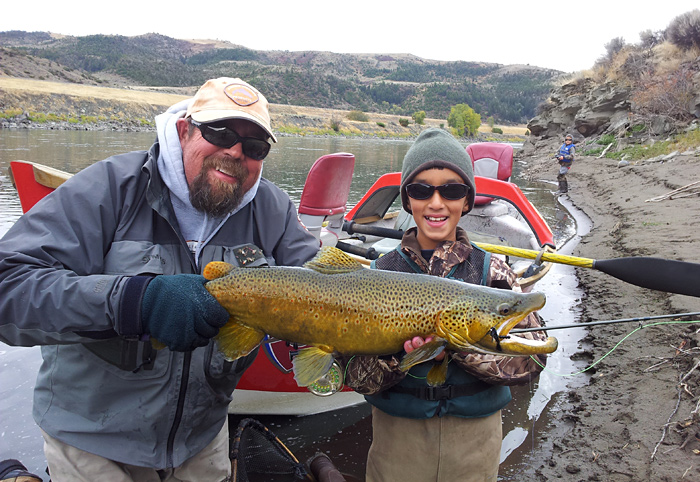 Bob Bergquist and Miguel Cory with a Monster brown!<br /> Photo: David Cory