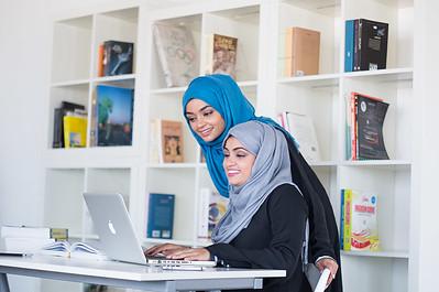 Al Izz Islamic Bank (2)