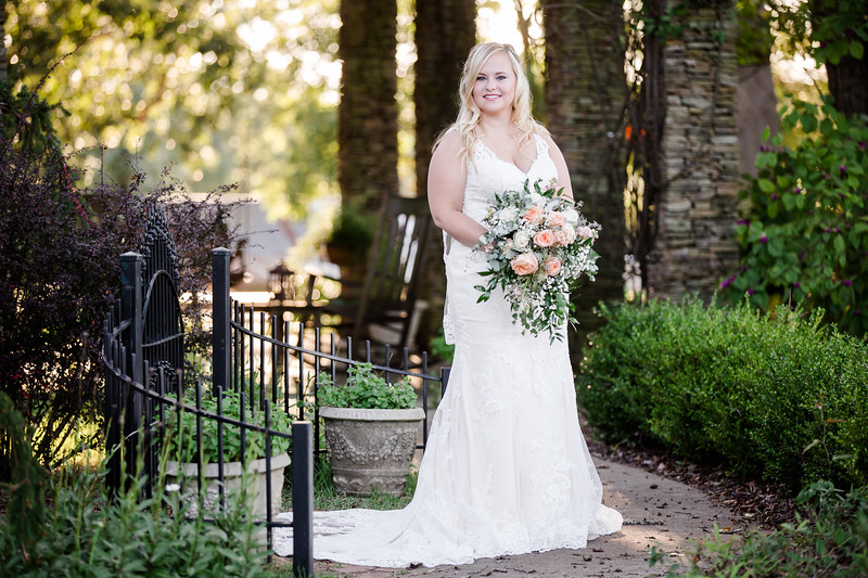 COUTNEY_BRIDAL_096