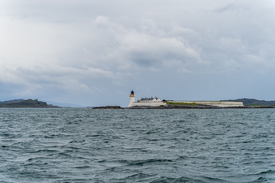 Coming into Crinan