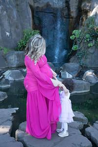 Maternity -08473