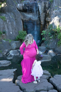 Maternity -08474