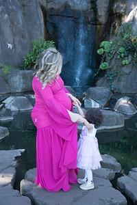 Maternity -08472