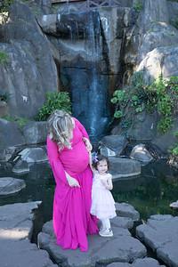 Maternity -08476