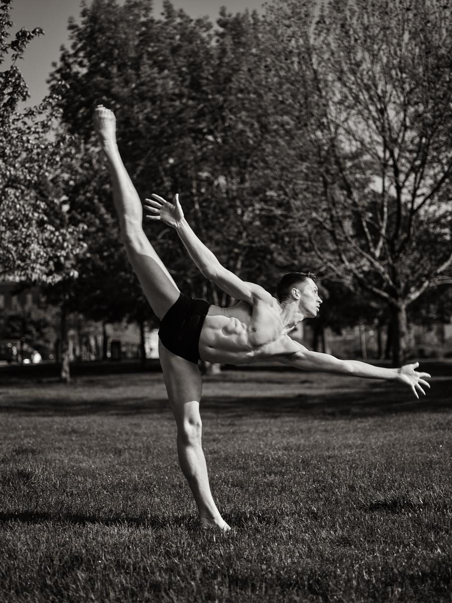 IMAGE: https://photos.smugmug.com/Clients/Dance-Project-Old-Market/i-XWVCSSj/0/a627716d/X3/CF073511-X3.jpg