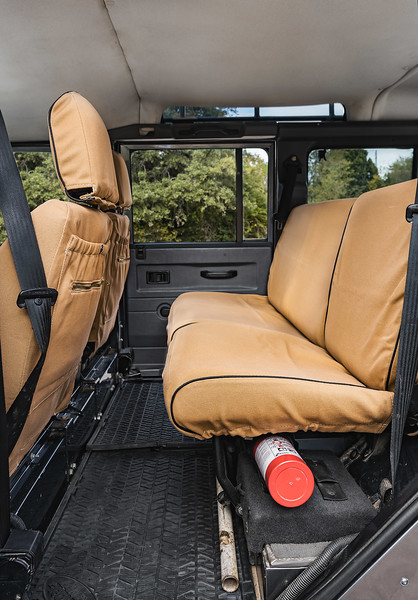 Defender-BackSeats-1018