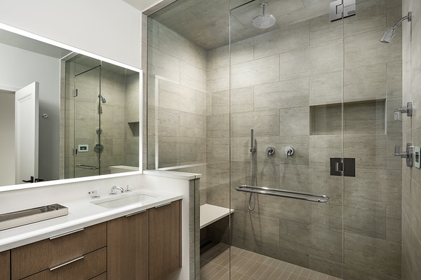 Aspen-Hyman-Master_Bathroom