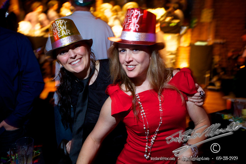 "New Years Eve 2012/2013 at The Shout House, in the Gaslamp Quarter of San Diego CA. Shot by Jack Foster Mancilla UT photo<br /> _MG_3693<br /> <br /> All the photos are available here at this link to DiscoverSD.com <br /> <br /> <a href=""http://pictures.discoversd.com/san-diego-holidays-and-seasonal/a2140.html"">http://pictures.discoversd.com/san-diego-holidays-and-seasonal/a2140.html</a>"