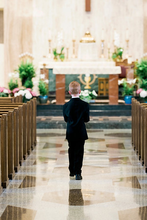 2019-divine-child-dearborn-michigan-first-communion-pictures-intrigue-photography-session-1