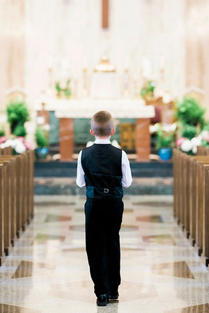 2019-divine-child-dearborn-michigan-first-communion-pictures-intrigue-photography-session-3