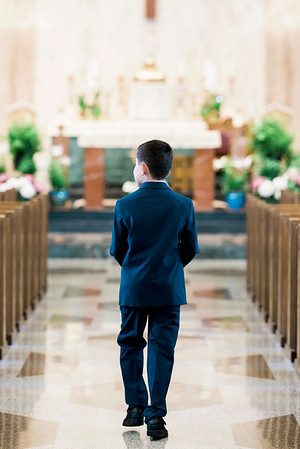 2019-divine-child-dearborn-michigan-first-communion-pictures-intrigue-photography-session-5