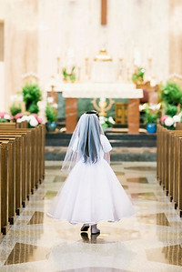 2019-divine-child-dearborn-michigan-first-communion-pictures-intrigue-photography-session-8