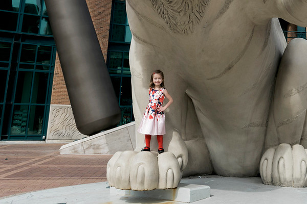 downtown-detroit-family-session-intrigue-photography-6-cropped