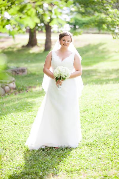 ElizabethB_Bridal_074