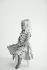 Ella-16