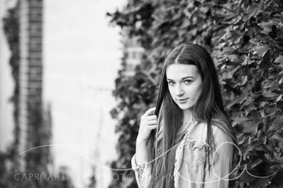 Emily-3256-2
