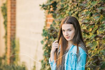 Emily-3256