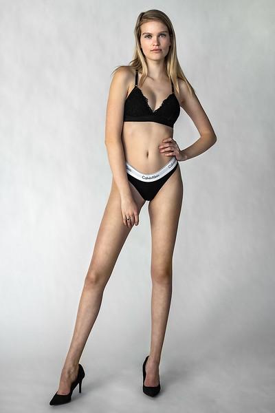 Emma-Portfolio-3294-small