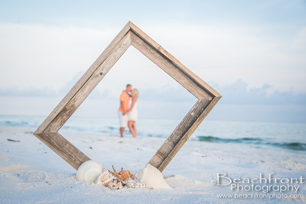 Bickett | Destin Engagement & Couples Photographer