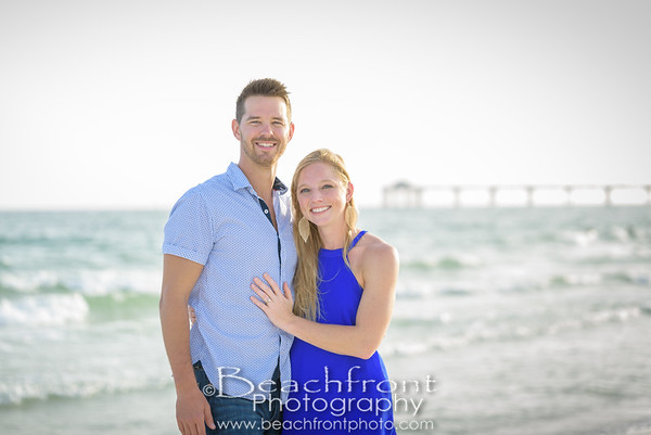 Lindsey & Cody - Engagement Photography Session taken on Okaloosa Island in Fort Walton Beach / Destin, FL.