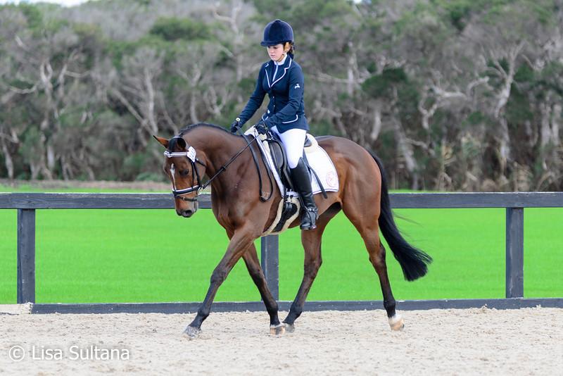 Clair Arnold riding Still Swinging
