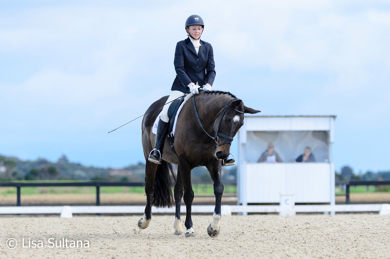 Melinda Royston riding HB Diamonds Are Forever