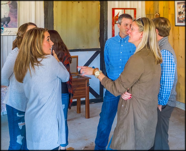 2018-11-23_CurleyBarnParty_032