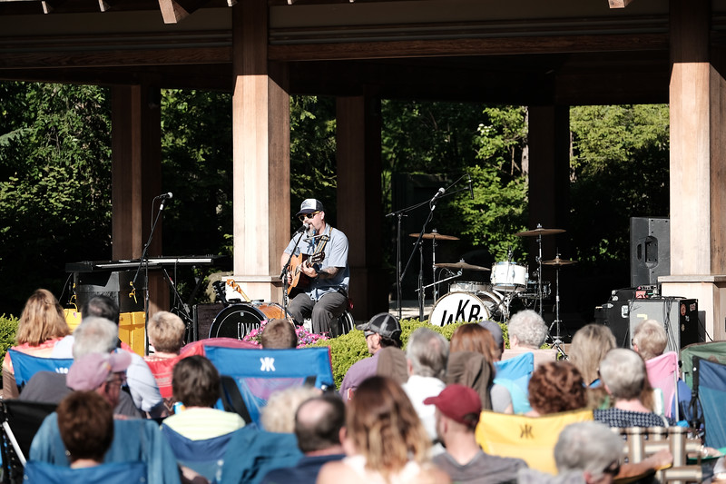 Jakubi & Edward David Anderson perform at Tuesday Evening in the Gardens at Anderson Japanese Gardens