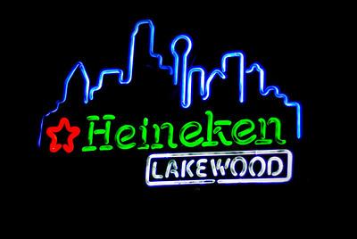 Lakewood Bar & Grill - Crowd - 4-25-2009