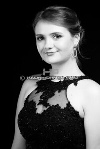 FCHS-Pageant-4301-print-bw