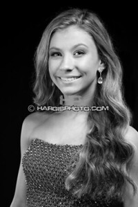 FCHS-Pageant-4247-print-bw