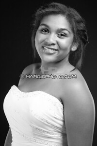 FCHS-Pageant-4321-print-bw
