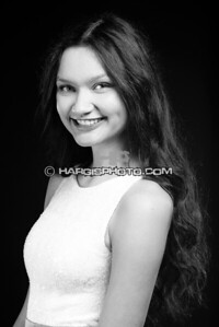 FCHS-Pageant-4334-print-bw