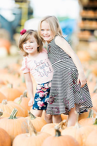 three-cedars-farm-fall-family-session-19