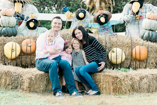 three-cedars-farm-fall-family-session-6