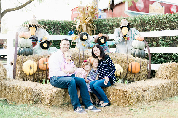 three-cedars-farm-fall-family-session-5