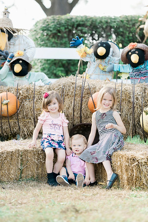 three-cedars-farm-fall-family-session-4